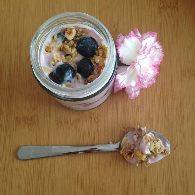 breakfast berry jars to go
